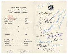 Программа обеда иконцерта, данного У.Черчиллем дляделегаций союзников вчесть своего отъезда сПотсдамской конференции, савтографами присутствовавших. 23июня 1945. ГИМ